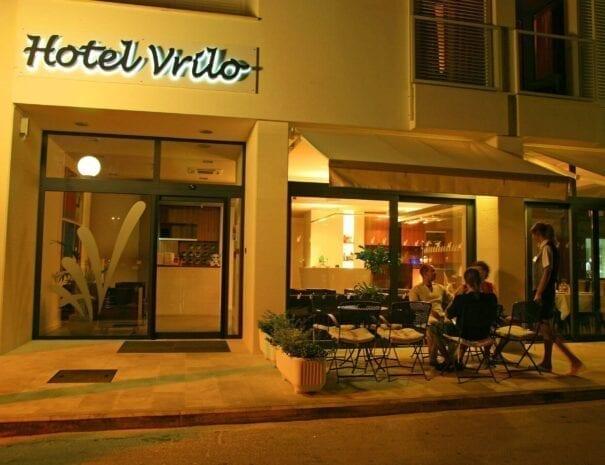 Hotel Vrilo caffe bar 2