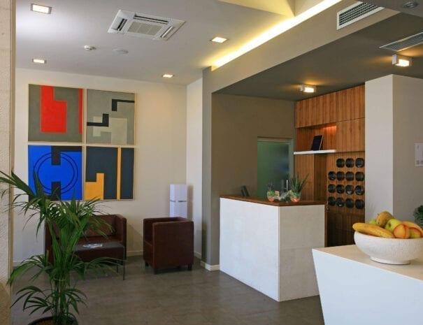 Hotel Vrilo reception