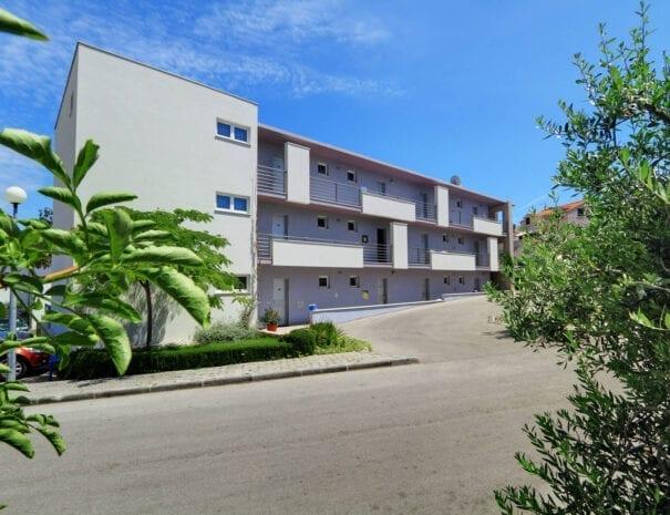 Apartments Marija Postira 11